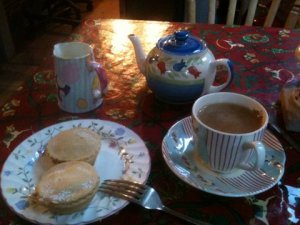 Lovely English tea and mince pies!